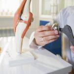 Prothèse articulaire : c'est tout sauf une opération de routine